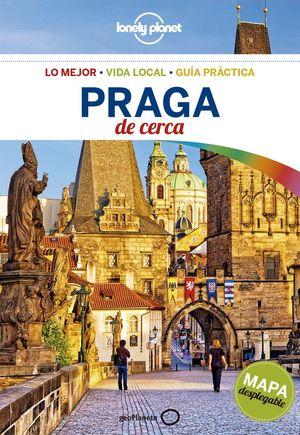 PRAGA DE CERCA 5 *